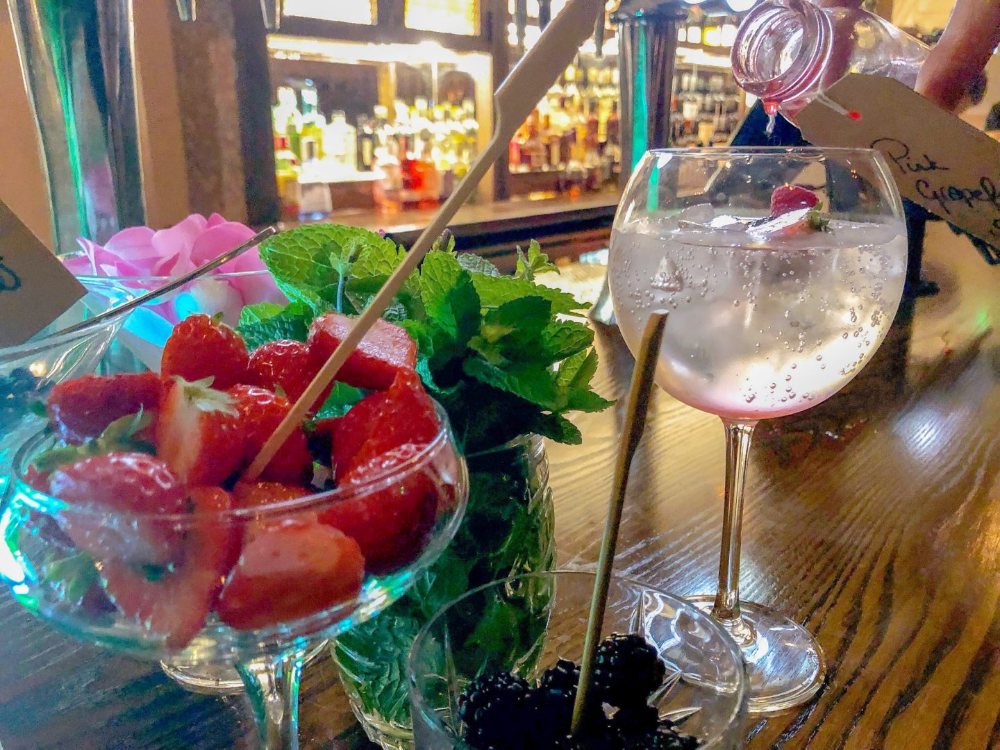 Creating own gin and tonic flavour